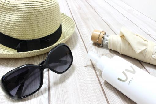 紫外線吸収剤不使用の日焼け止めがおすすめ。乾燥肌ほどこだわって