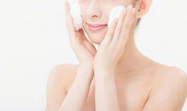 韓流女優の肌を白くする方法/中学生でもできる牛乳洗顔!?透明美肌のヒミツはコレ!