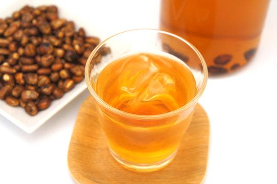 夏はとうもろこし茶!ひげ茶との違い。漢方でも◎